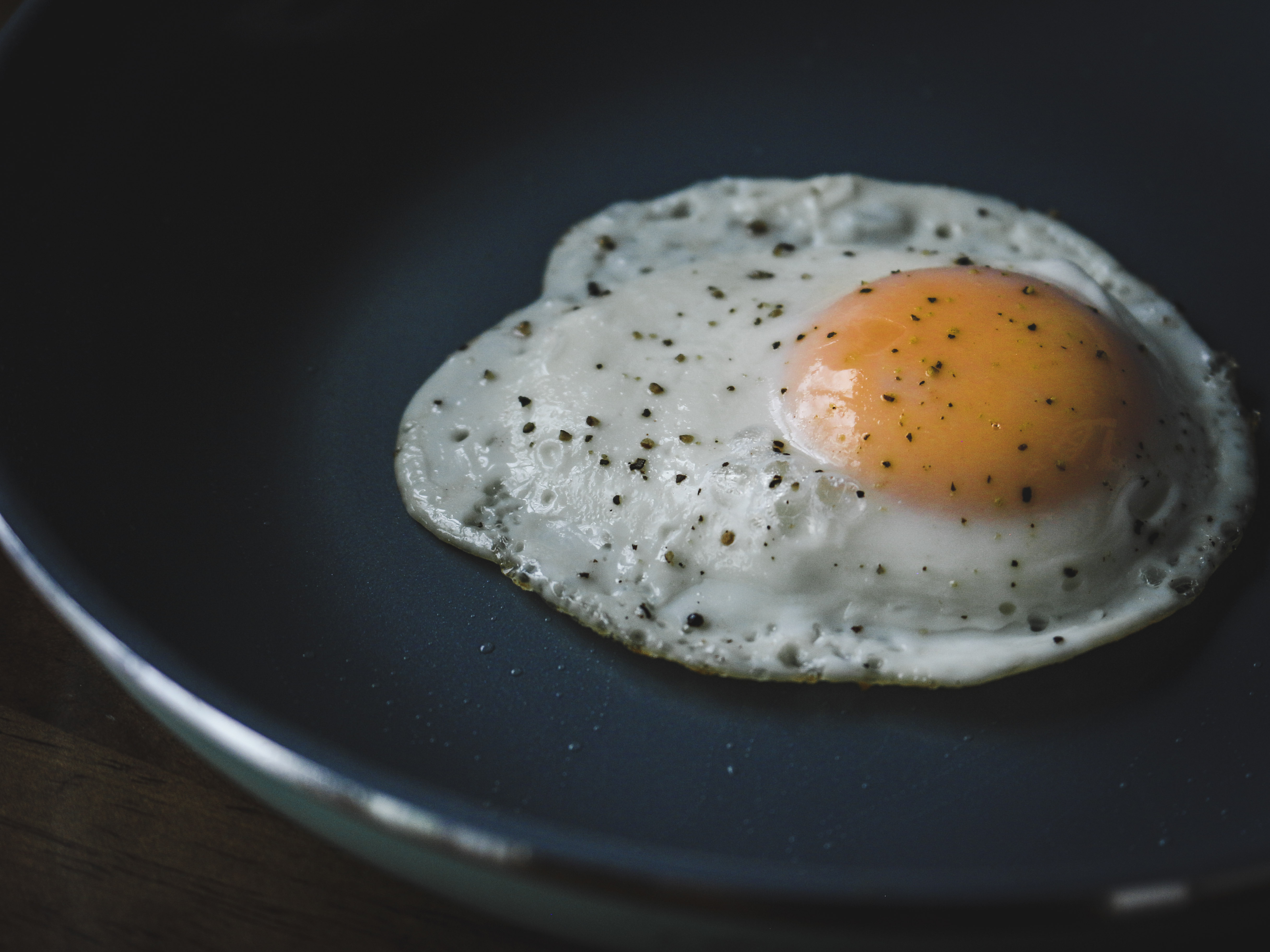 How to Cook the Perfect Sunny-Side Up Egg, Every Time